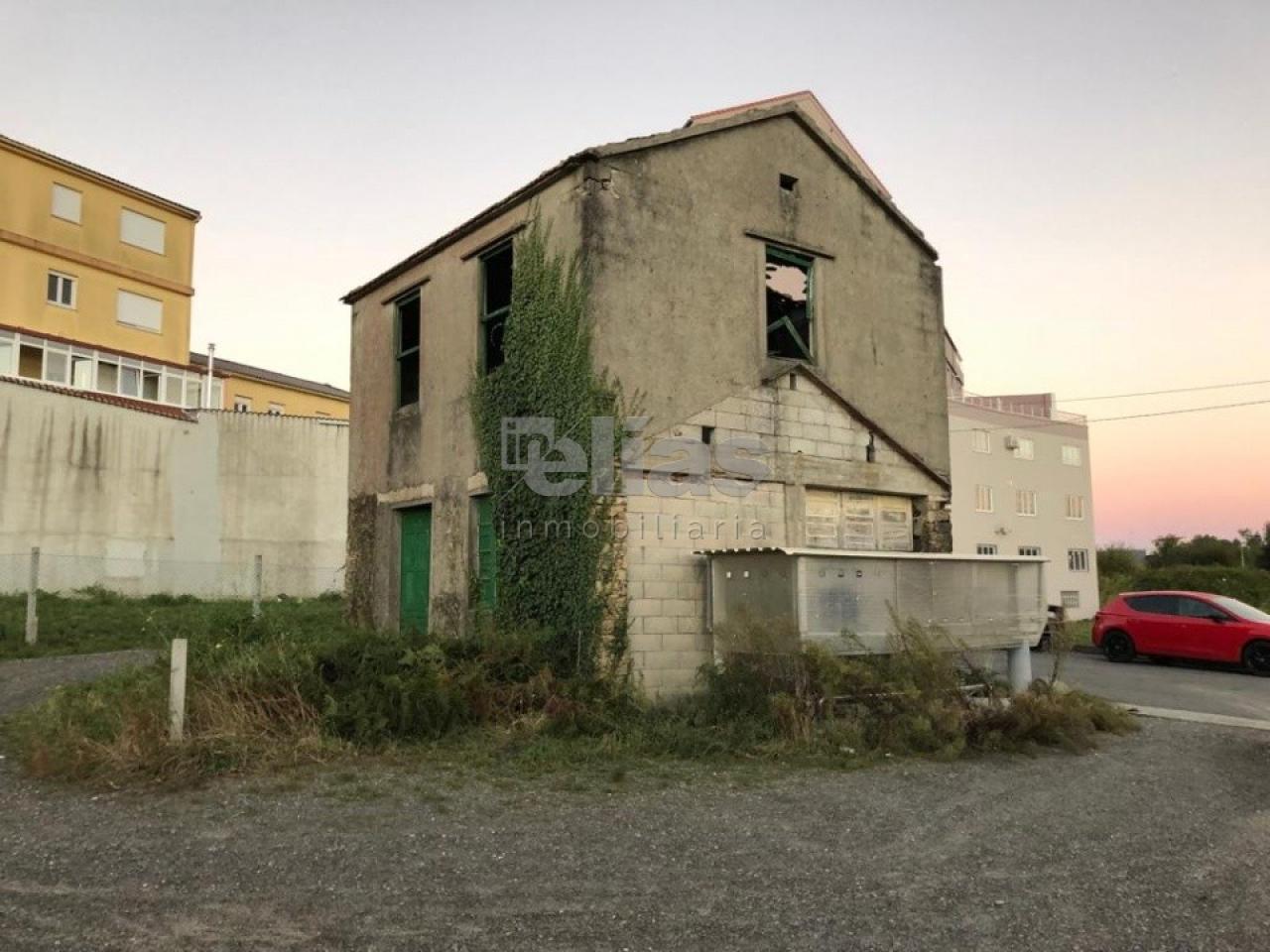 Casa en venta en Baio – C000090