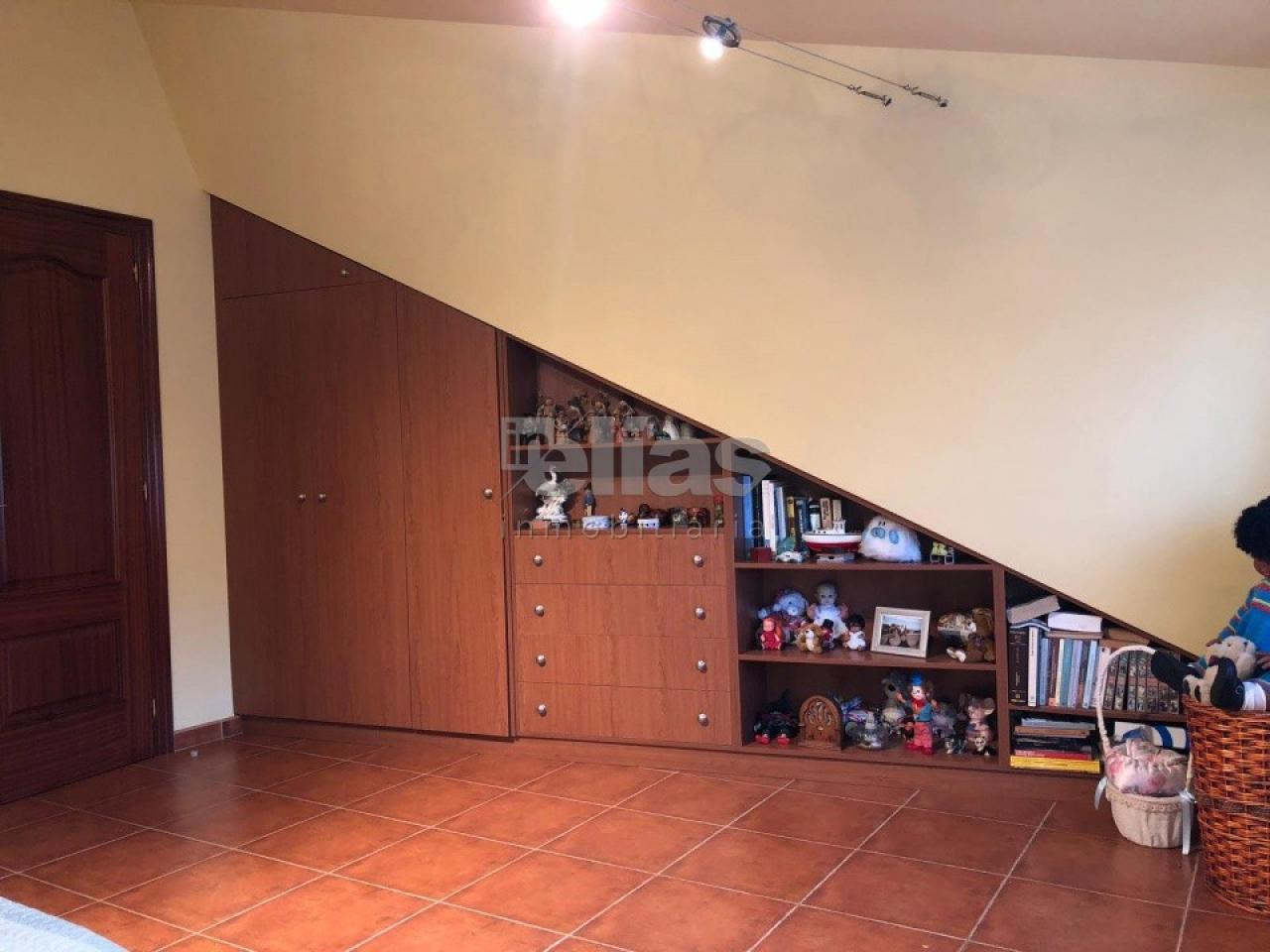 Casa en venta en Camelle – C000064