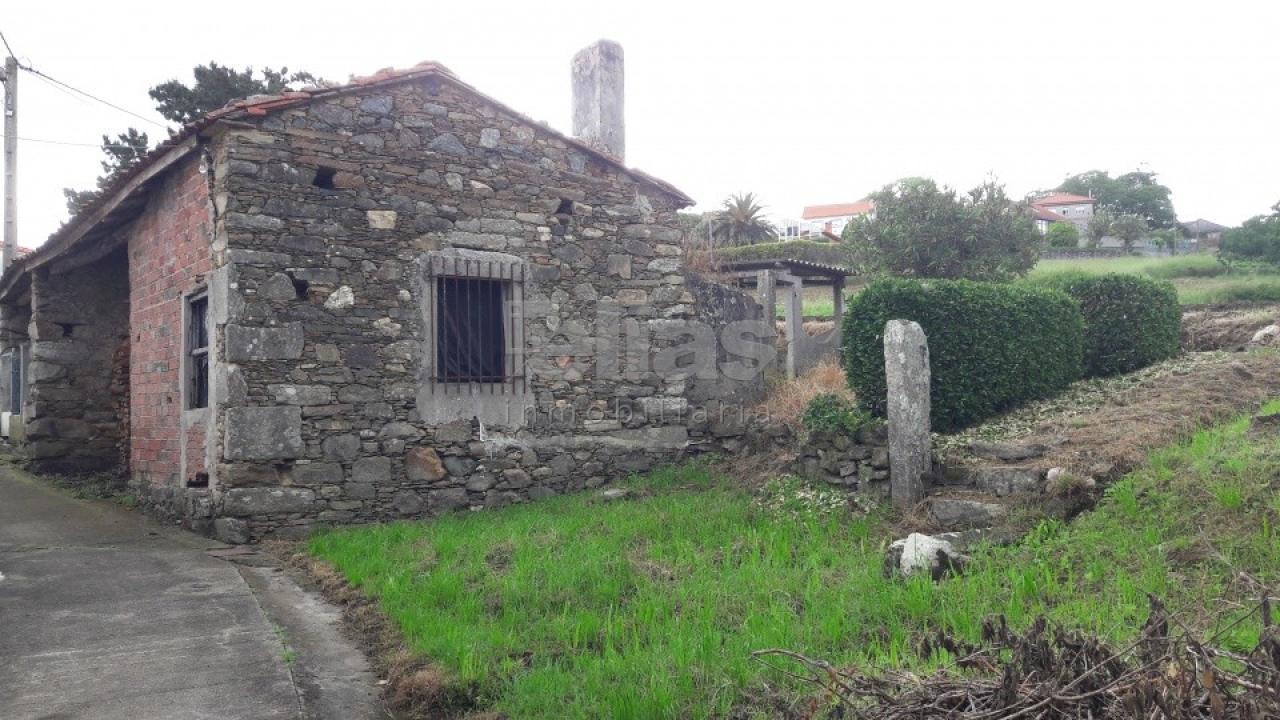 Casa en venta en Ponteceso – C000050