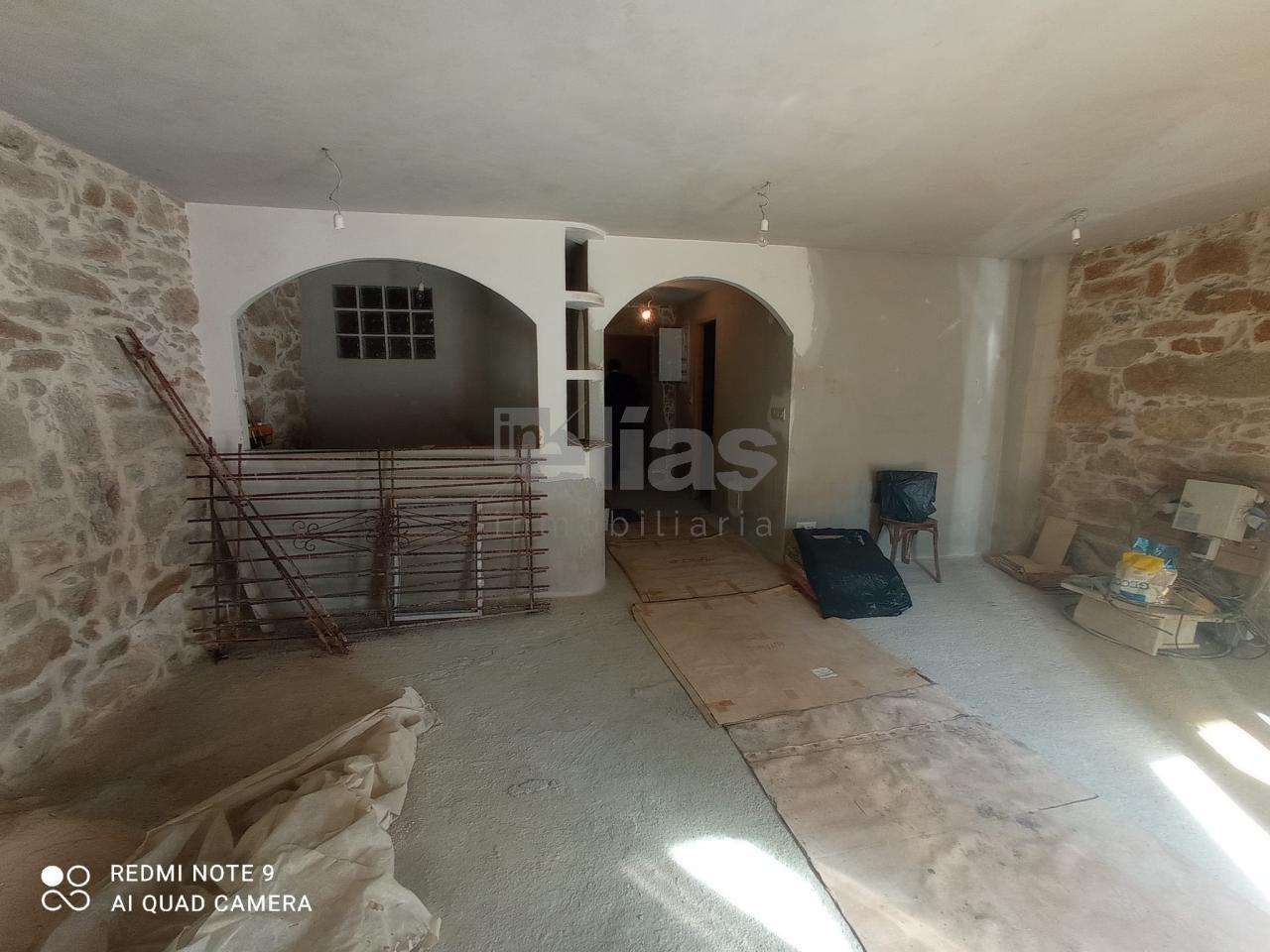 Casa en venta en Camariñas – C000059