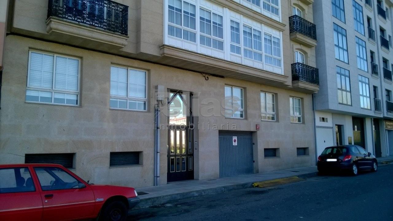 Local en alquiler en Carballo – L000080