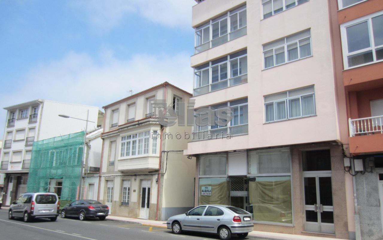 Local en venta en Baio – L000034