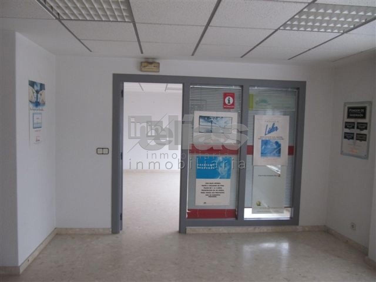 Local en venta en Neda – L000015
