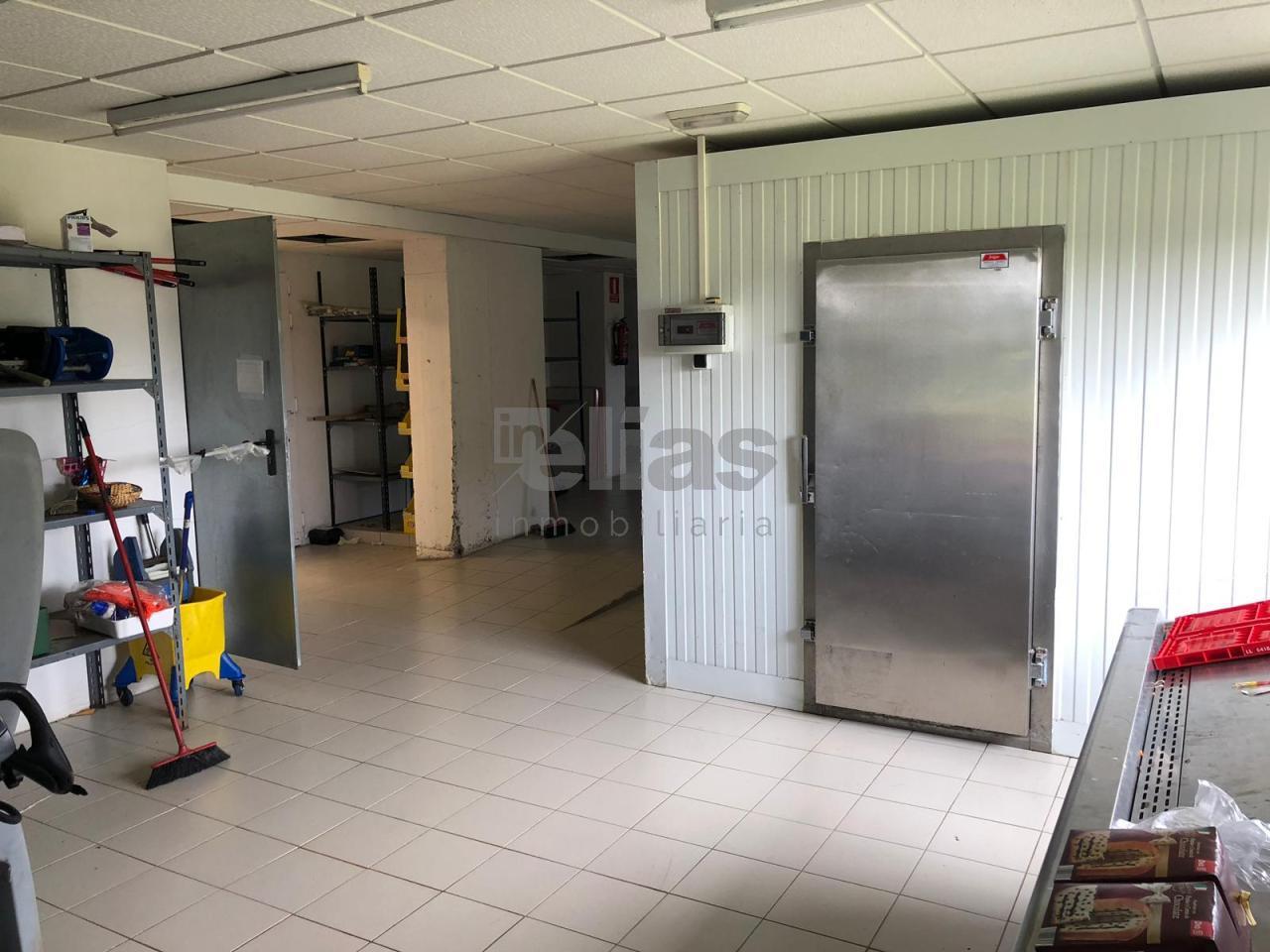 Local en venta en Baio – L000499