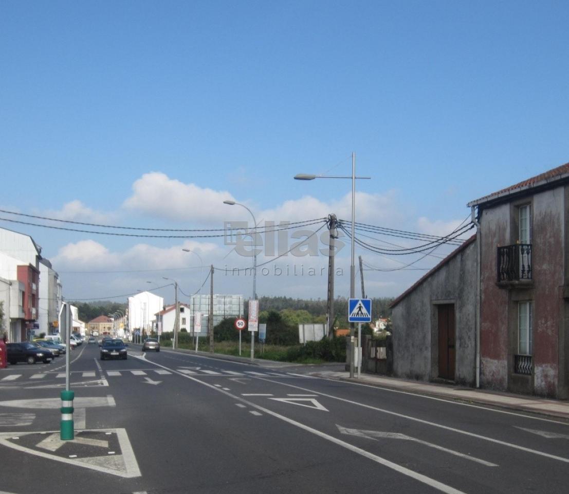 Solar en venta en Baio – S000059